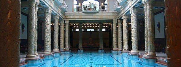Budapest, entre bains et shopping