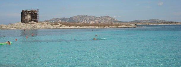 La plage de la Pelosa, en Sardaigne