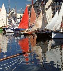 Bretagne Nord. Paimpol, sorties en mer ©iStock