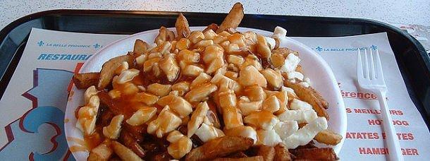 La frite à la québécoise et sa poutine