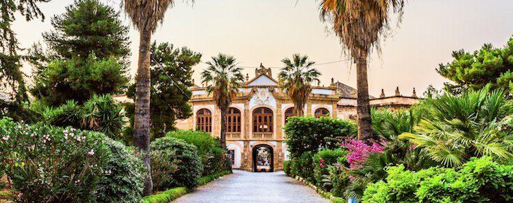 La villa Palagonia, Bagheria, Sicile ©Andreas Zerndl/Shutterstock