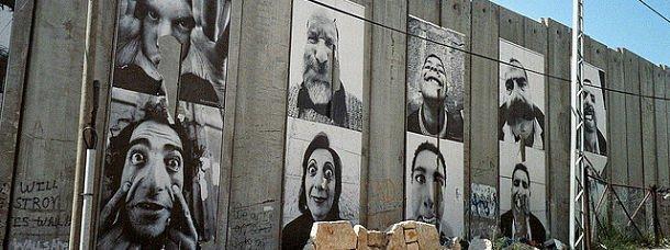 Jr a décoré le mur de séparation en Palestine
