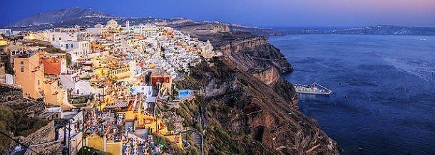 Les falaises de Santorin