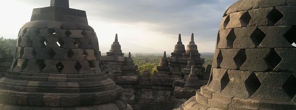 Coucher de soleil a Borobudur