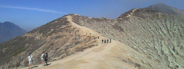 La crète du volcan Kawak Ijen