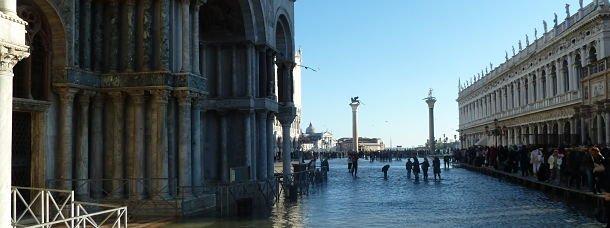 Venise et la place St Marc sous l'eau