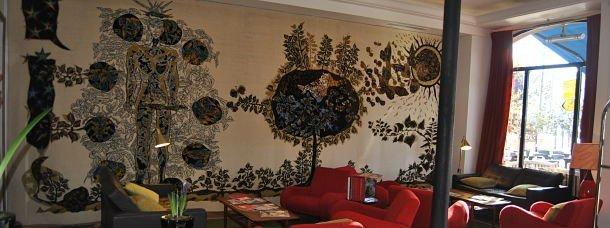 La tapisserie de Jean Lurçat à l'hôtel La Résidence© Hélène Duparc