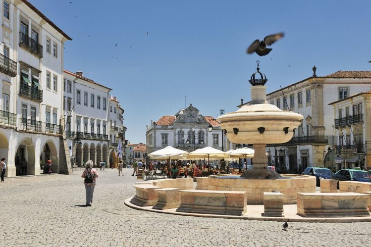 Praca do Giraldo, Evora, Portugal