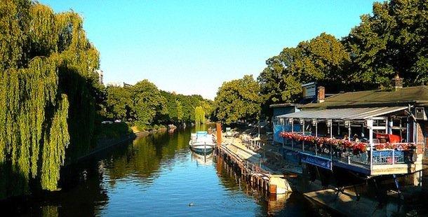 kreuzberg-landwehrkanal-jenny-poole vacances mai