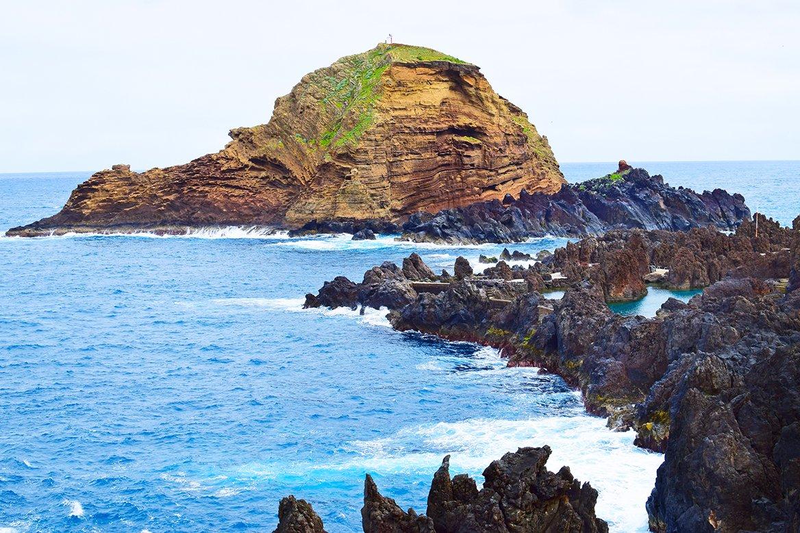 Ilheu Mole, une petite île à Porto Muniz, Madère