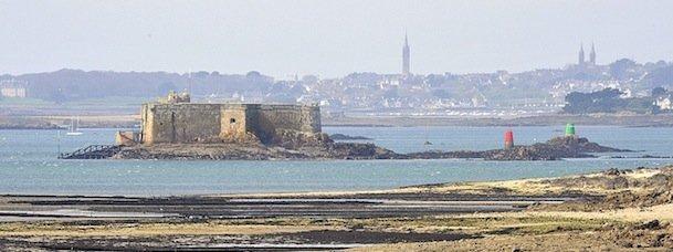 Partez avec la FFRandonnée en Bretagne Nord