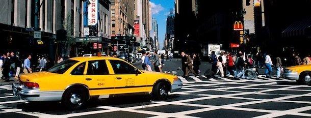Un taxi new-yorkais immortalisé sur la pellicule du photographe Bertrand Rieger © Bertrand Rieger