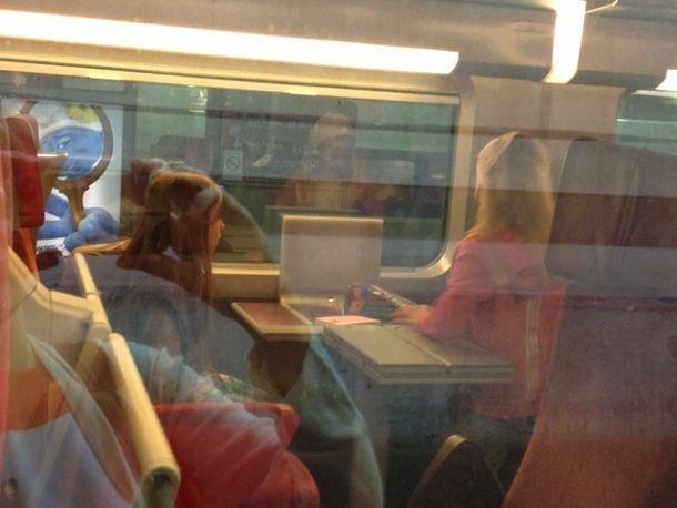 Voyager seul en train, c'est possible à partir de 4 ans