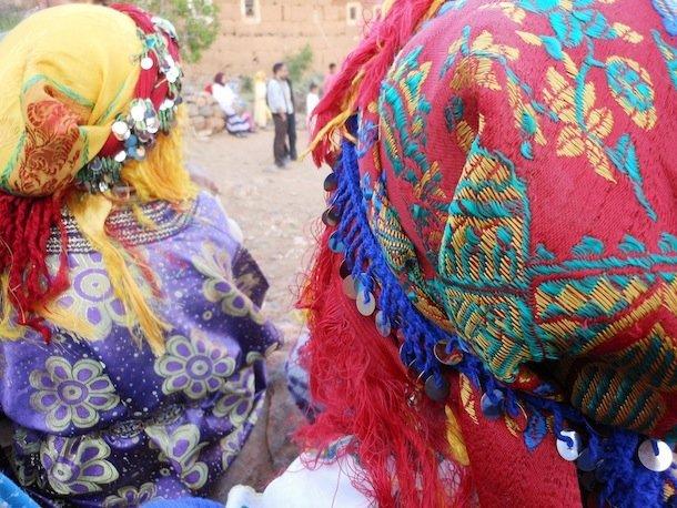 tete-foulard