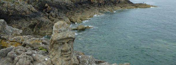 J'ai admiré les rochers sculptés de Rothéneuf