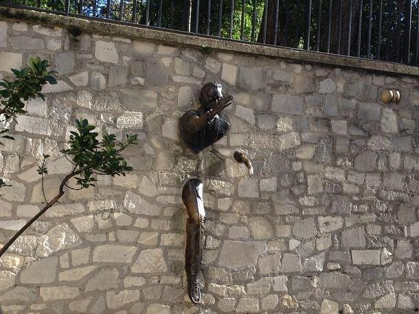 Le Passe-muraille, hommage à Marcel Aymé