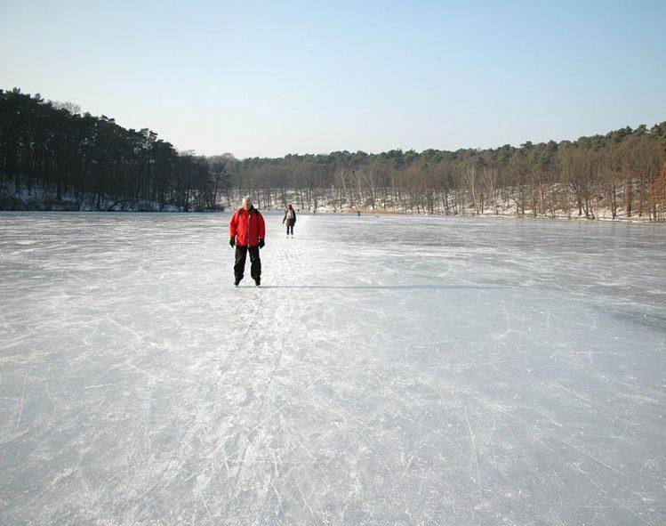 Lac de Wannsee gelé, Berlin, Allemagne