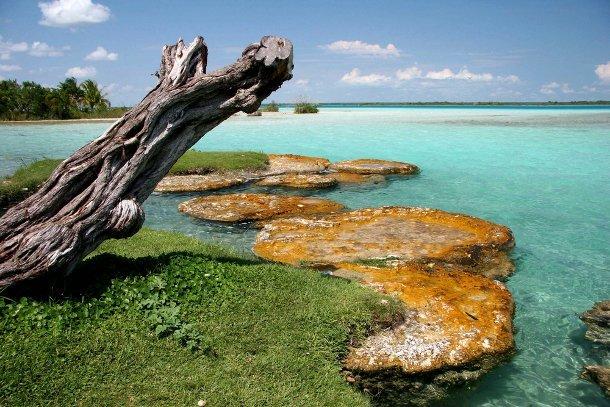lagune-bacalar-mexique