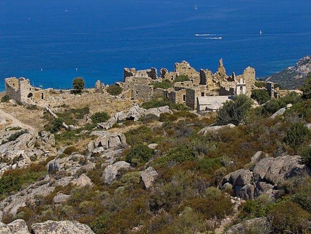 Ruines du village d'Occi