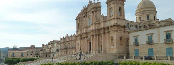 Sicile: Noto, joyaux baroques et plages dorées