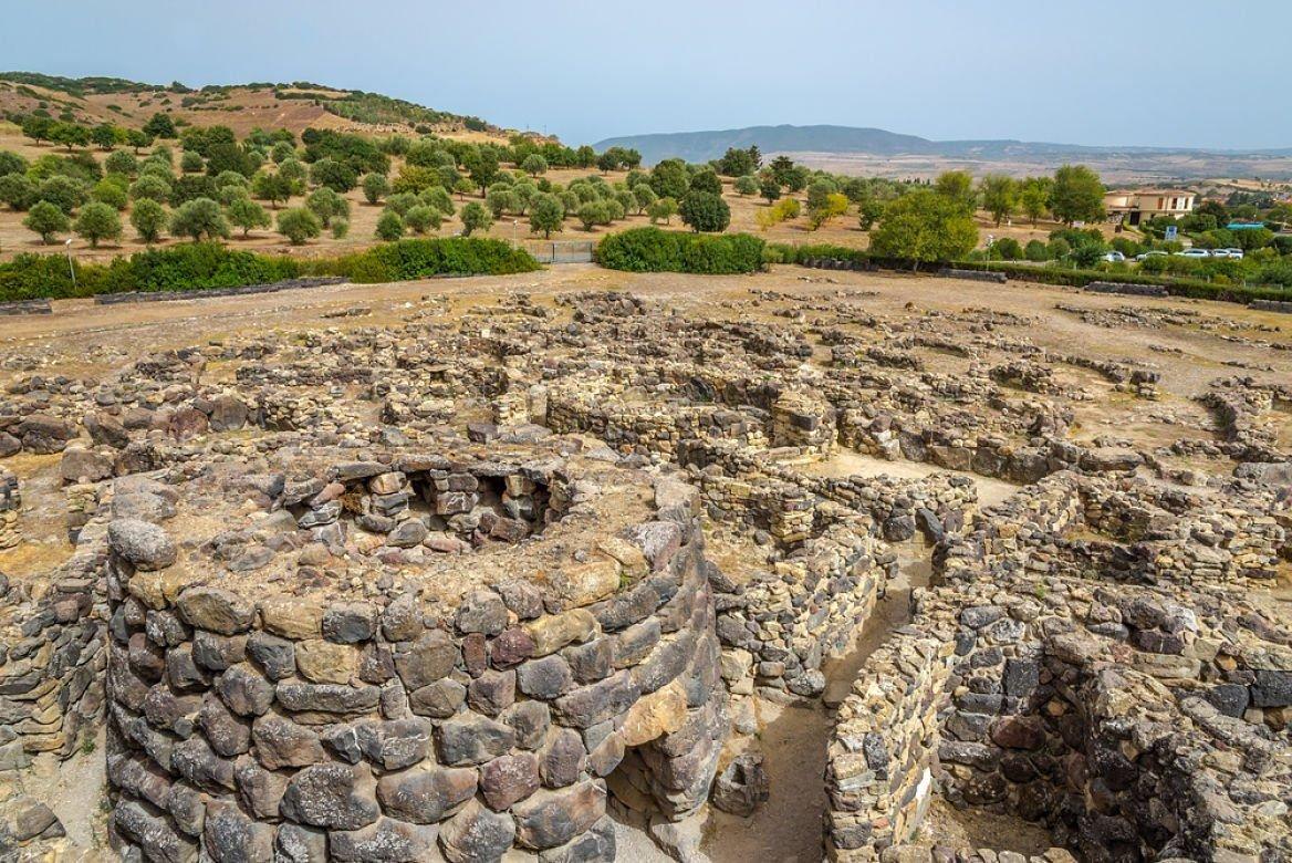Site de Su Nuraxi, Sardaigne © milosk50/Shutterstock