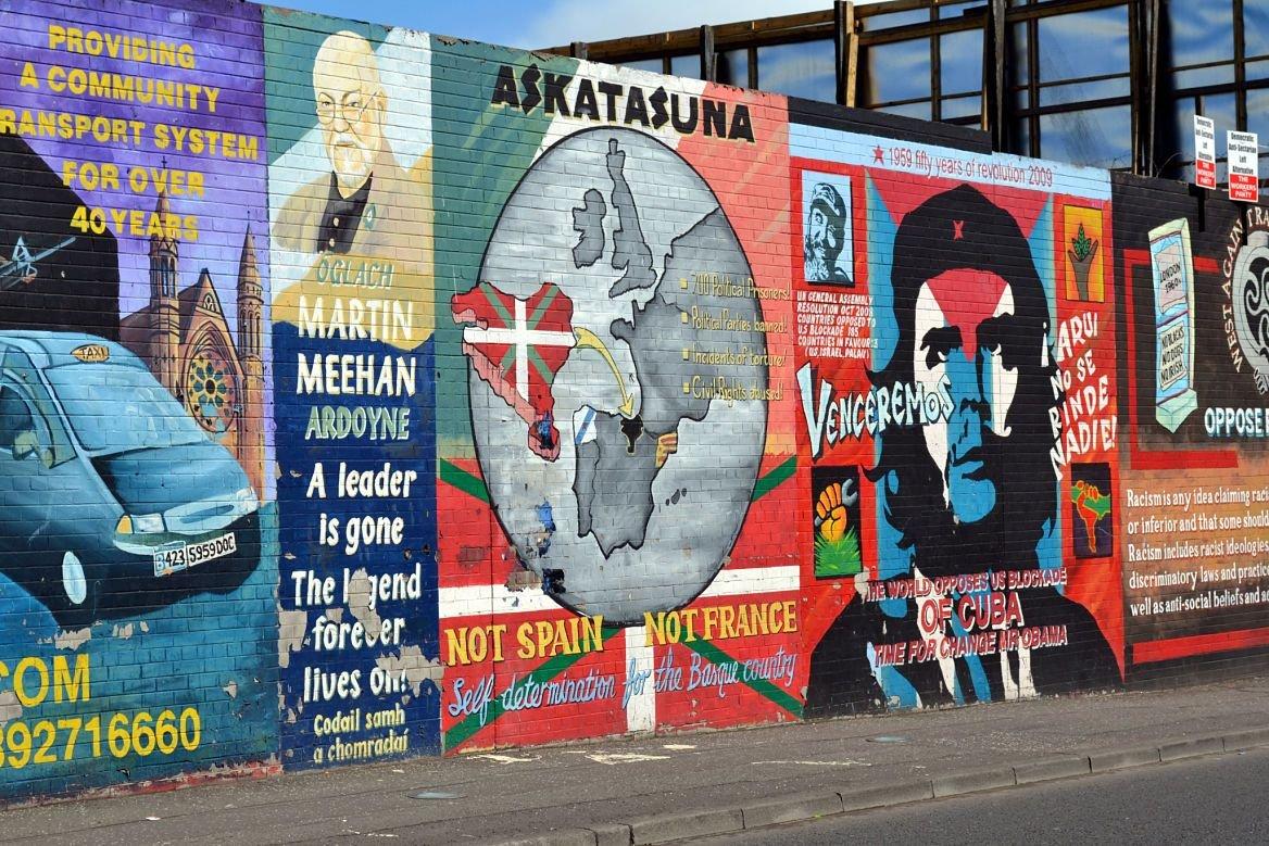 Un week end en irlande dublin ou belfast le blog evasion for Mural irlande