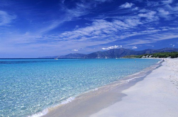 La plage de Saleccia, Corse