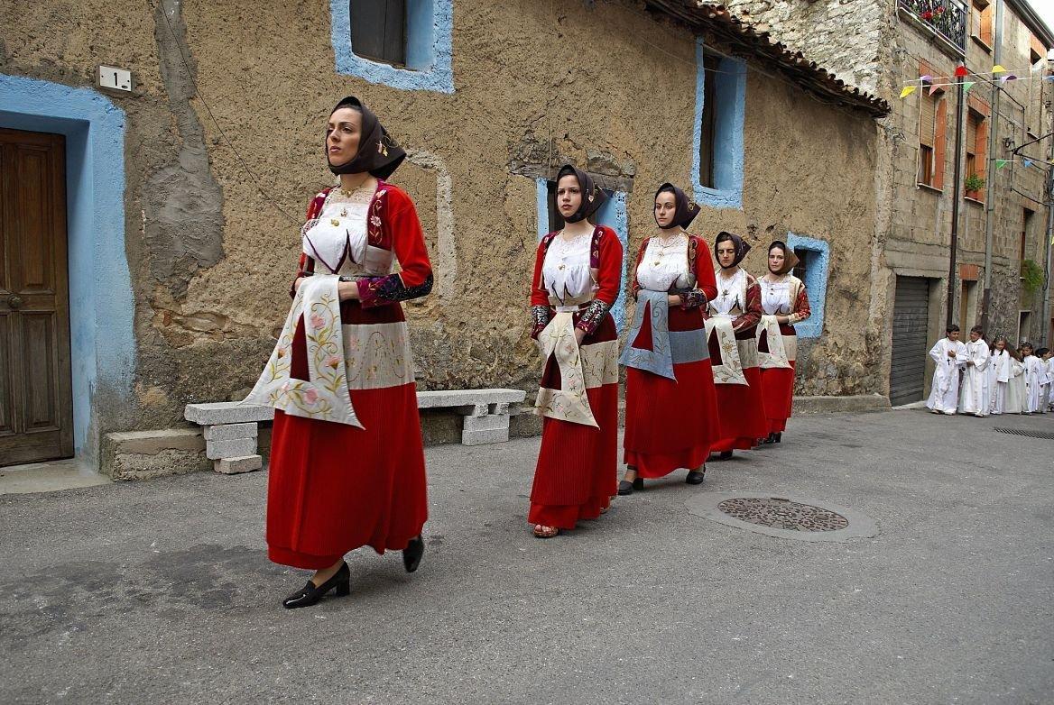 Procession religieuse, province de Nuoro, Sardaigne