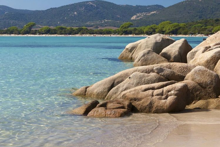 La plage de Santa-Giulia, Corse