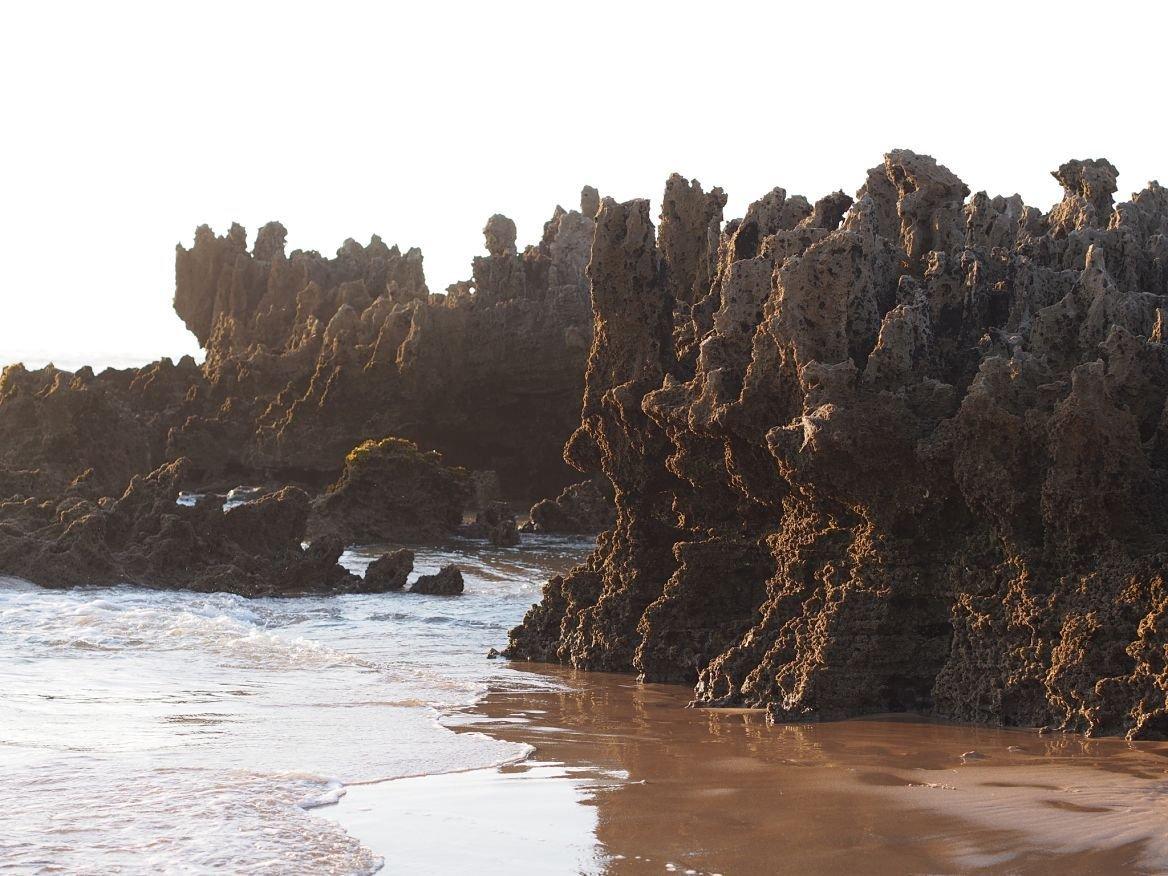 Plage Amoreira, Algarve, Portugal ©mamanvoyage