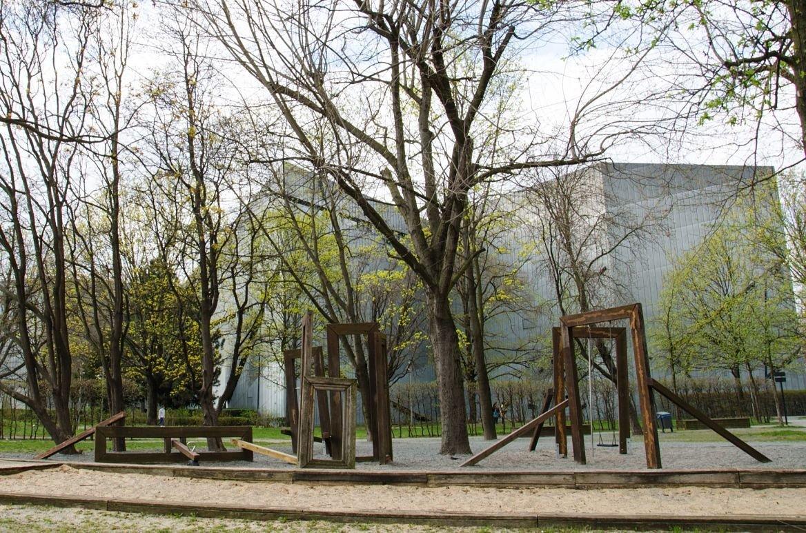 Le Judisches Museum, façade arrière et jardins, Berlin, Allemagne