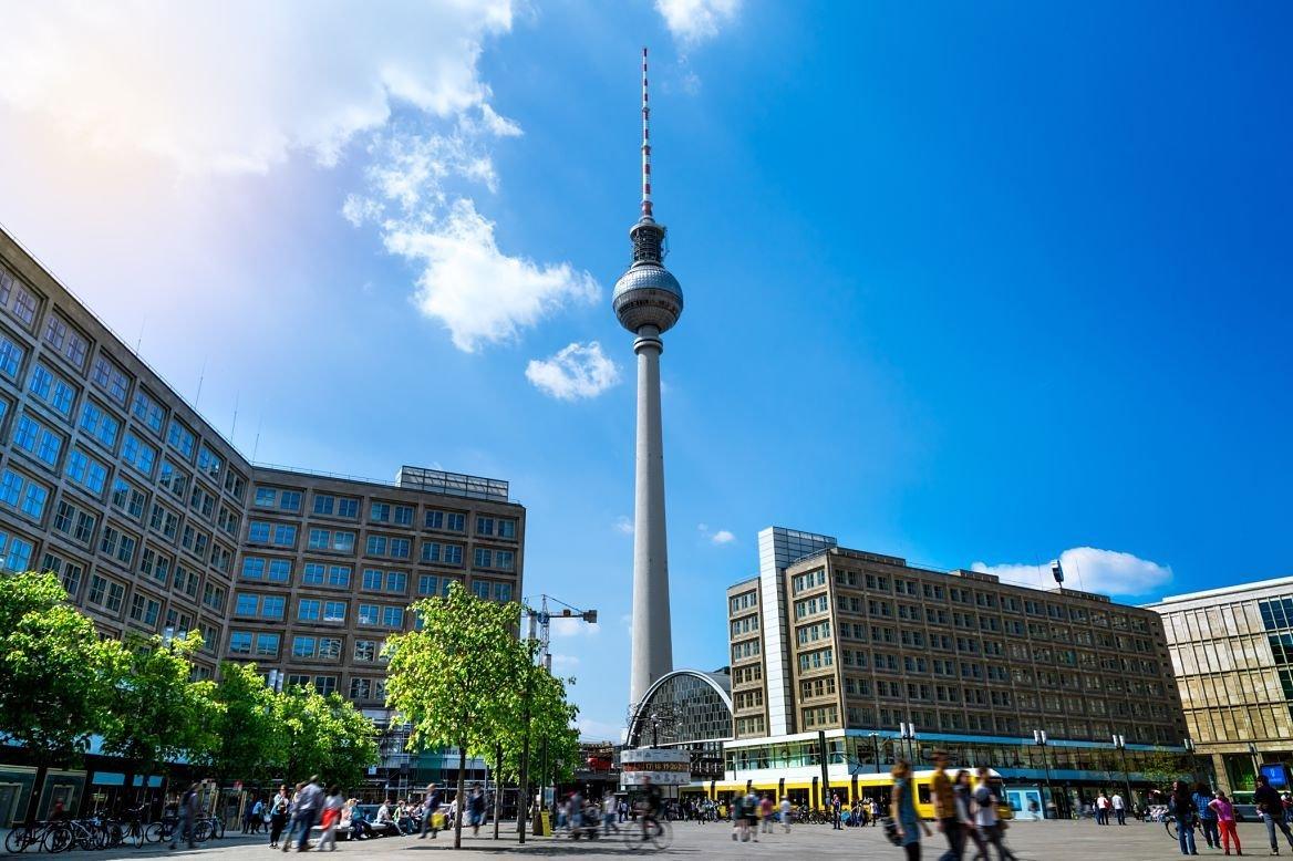 Alexanderplatz et la TV Tower, Berlin, Allemagne