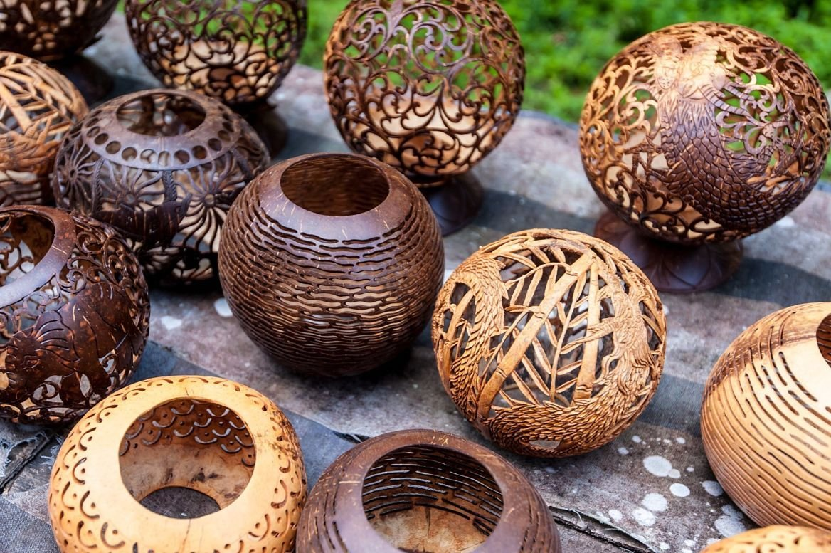 Photophore en écorce de noix de coco