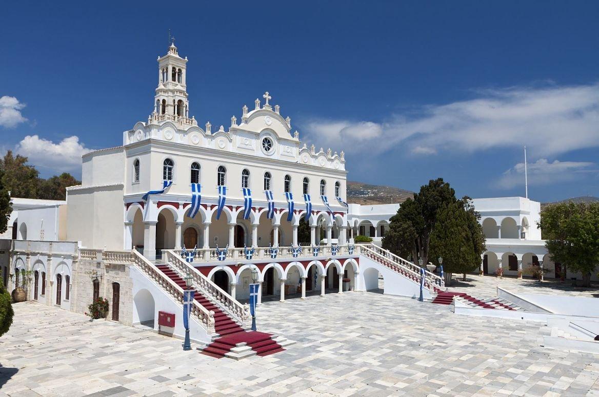 Eglise Panagia Evangelistria, île de Tinos, Grèce