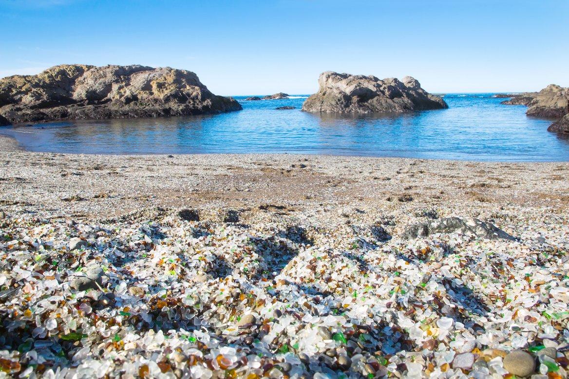 glass beach Californie