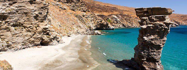 Plage de l'île d'Andros, Cyclades ©TakB / Shutterstock.com