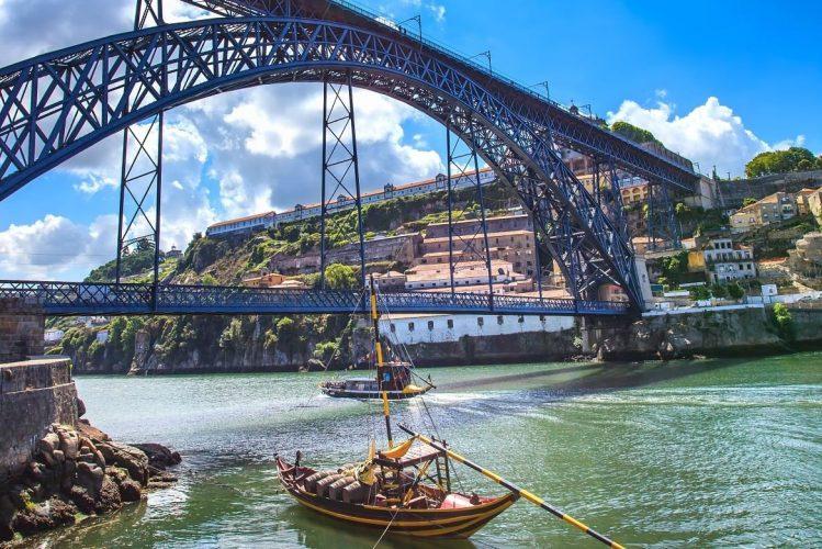 Le pont Luís I situé sur le Douro