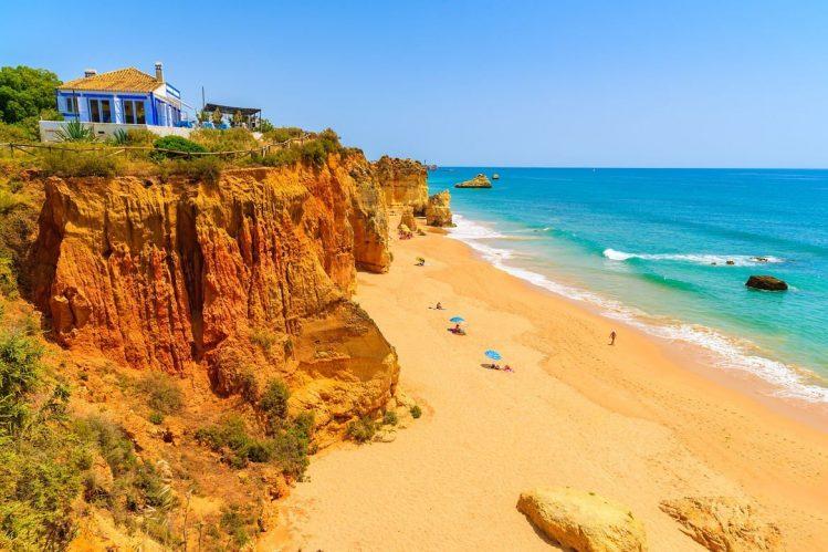 La praia da Rocha au Portugal