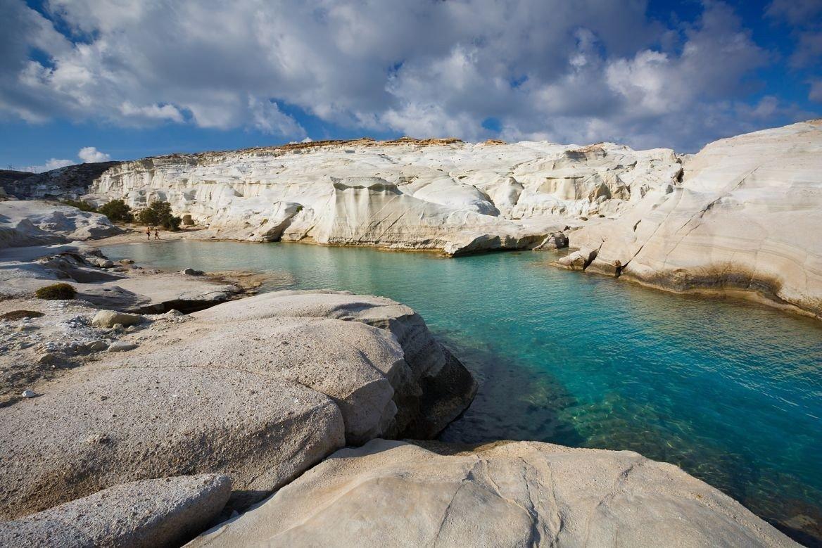 Plage de Sarakiniko sur l'île de Milos