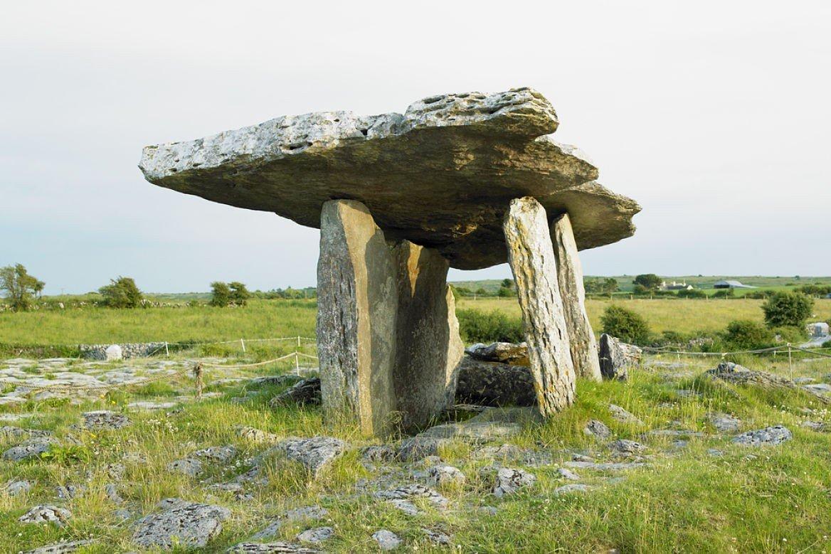 Le dolmen de Poulnabrone, Irlande