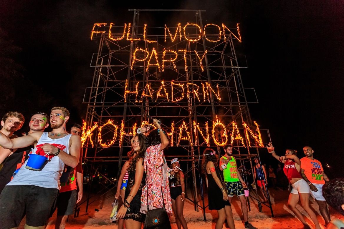 Une full moon party de Koh Phan Ngan, Thaïlande