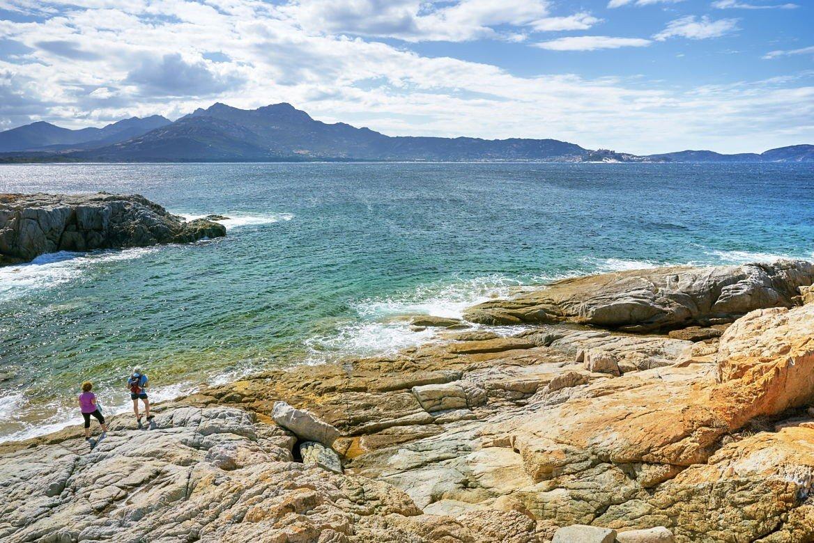 La côte près de Lumio, Corse