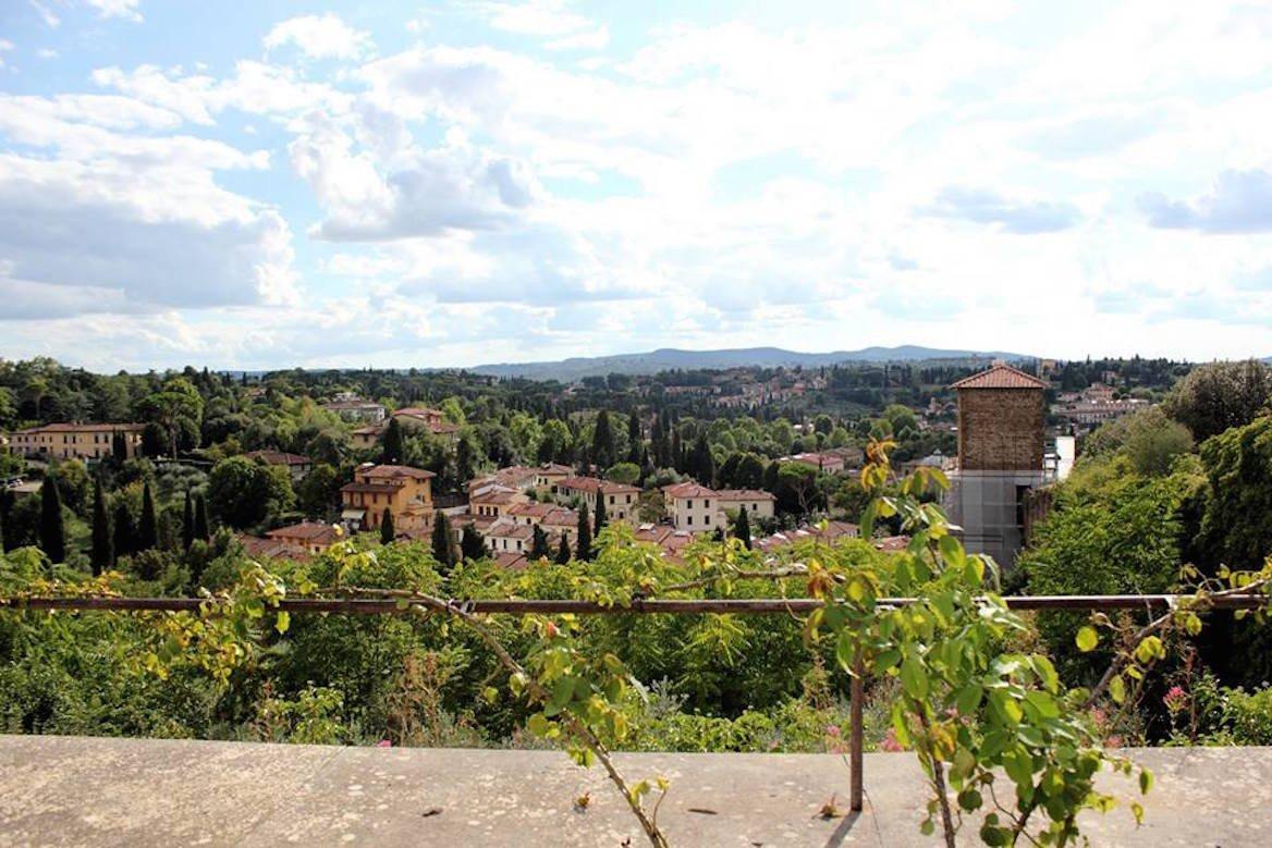 Vue sur les environs de Florence depuis le belvédère du giardino di Boboli