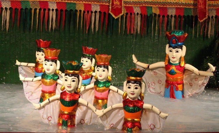 Spectacle de marionnettes sur l'eau, Vietnam