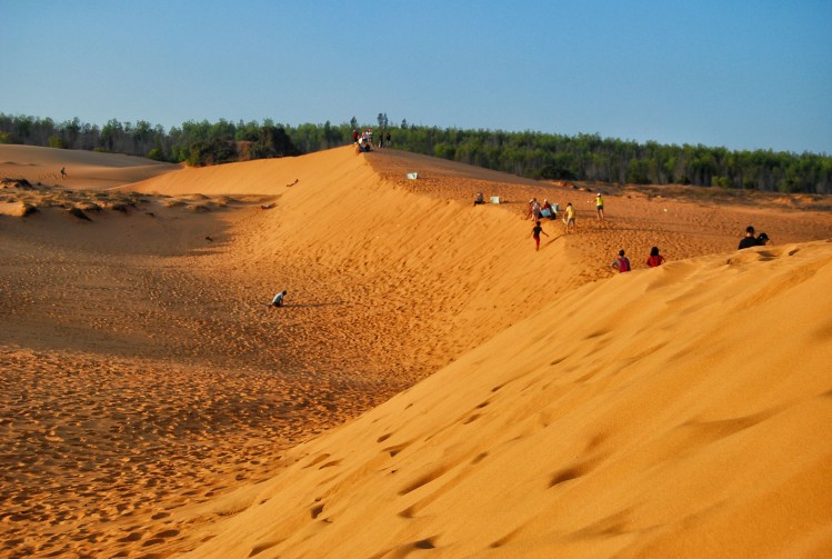 dunes mui ne vietnam