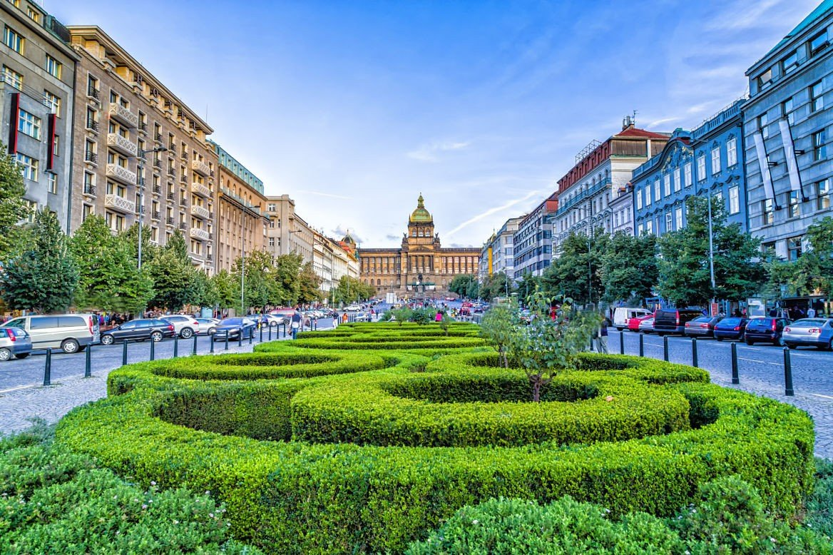 La place Venceslas ©GoneWithTheWind/Shutterstock
