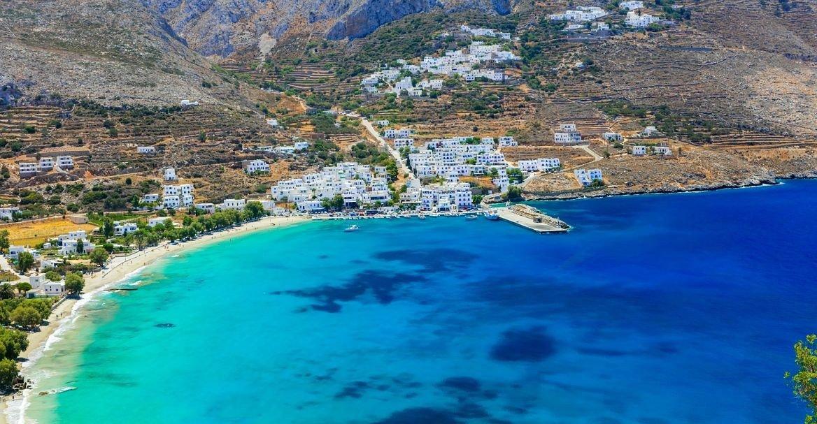 Baie d'Agiali, Amorgos, Cyclades, Grèce