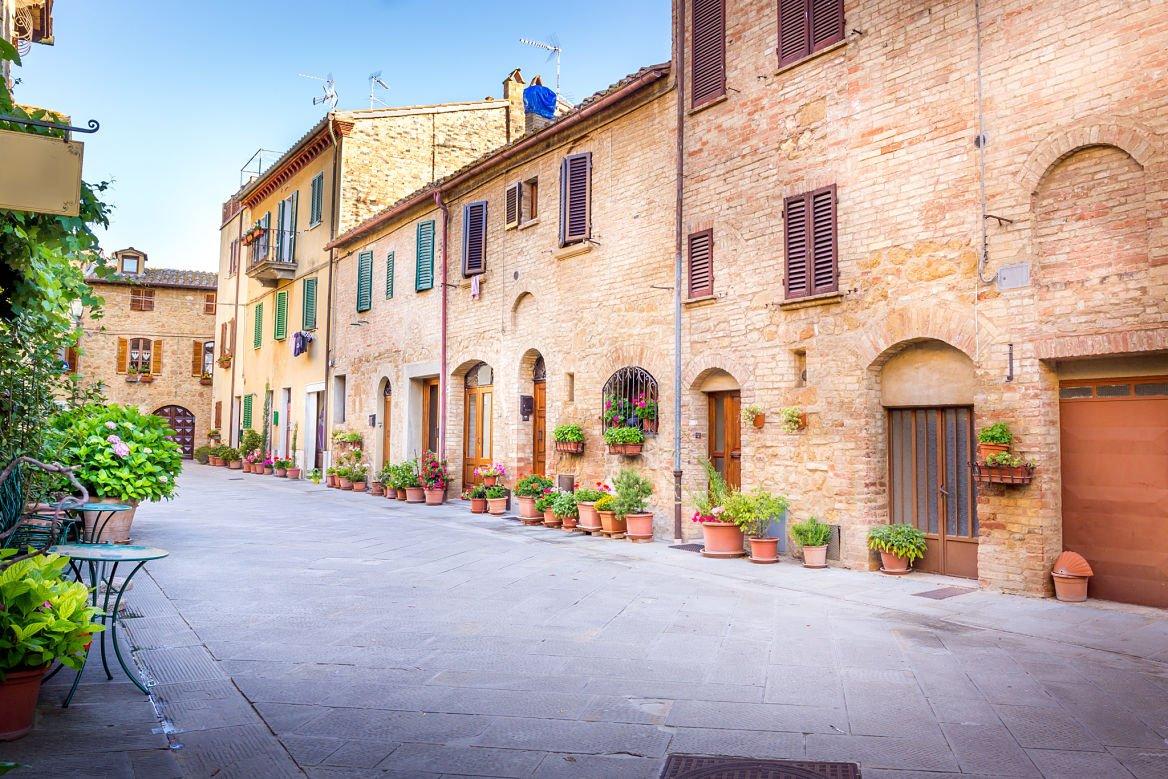 Pieanza, charmante ville de Toscane