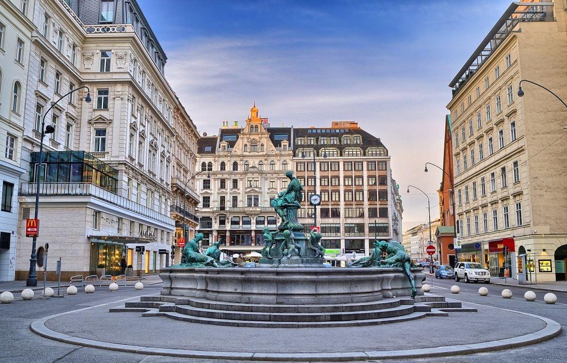 La fontaine Donner, près de la Karntner Strasse à Vienne