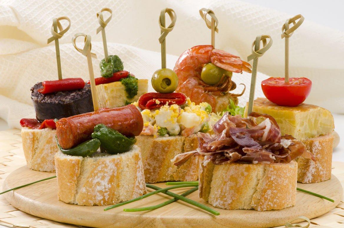montaditos-tapas-cuisine-gastronomie-barcelone-espagne